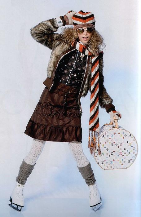 Covergirl Lisi mit Hutkoffer
