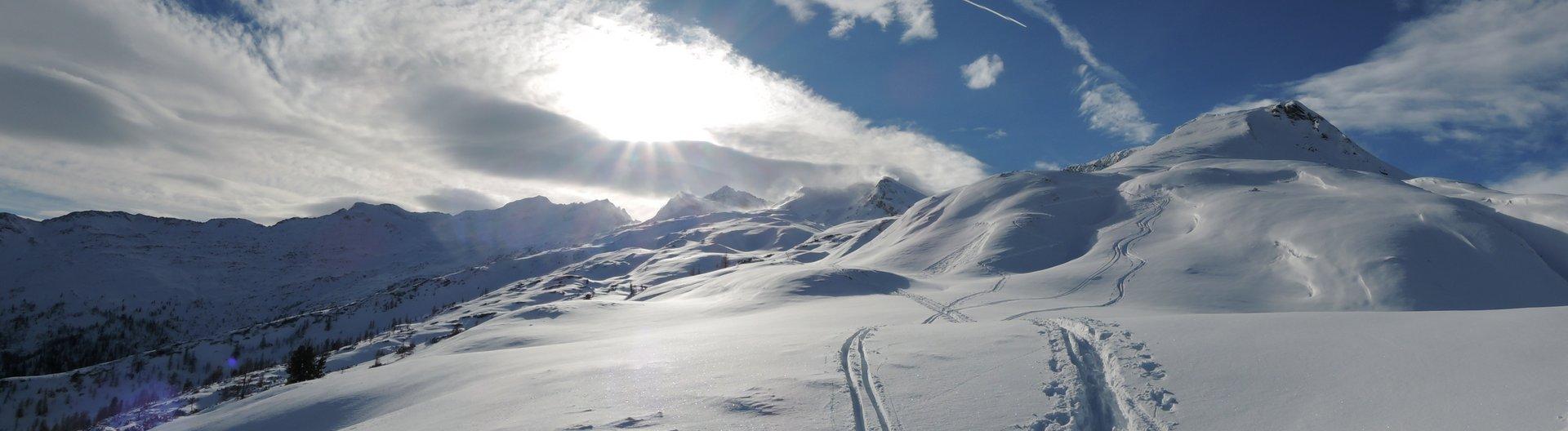 Stürmisches Panorama vom Keeskogel über Mandlkogel zum Plattenkogel: gut, dass es bei mir windstill war!
